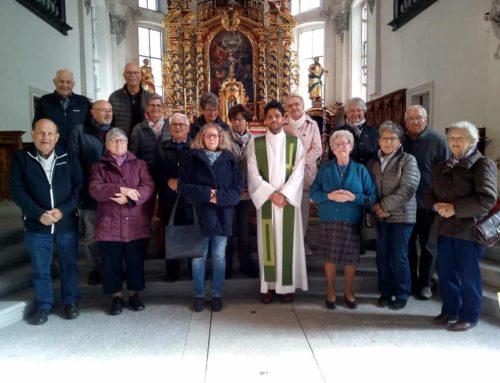 Zu Besuch bei Pater Avil